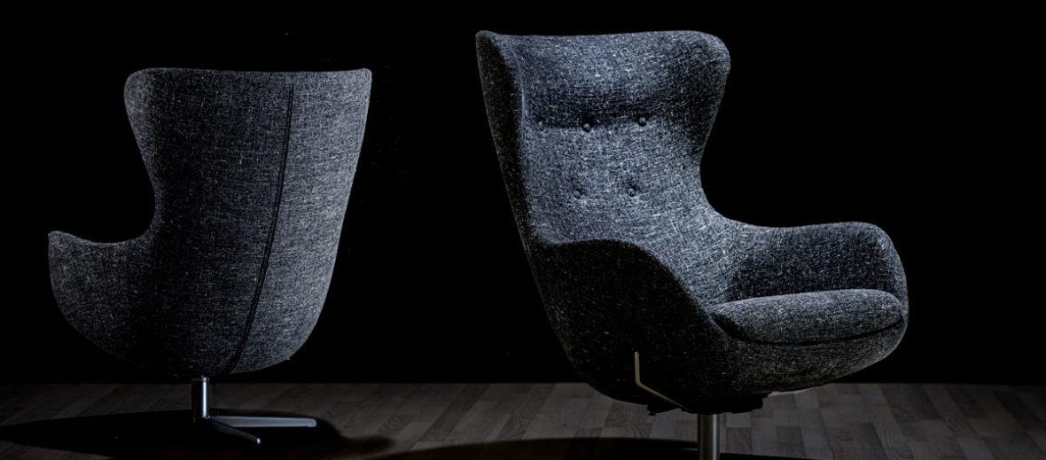 SL-407-stol-med-Borfeld-gråmeleret-stof-sort-omgivelser-407-1